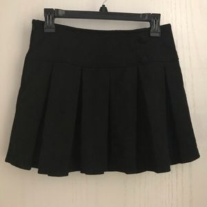 Dresses & Skirts - Pleated winter skirt